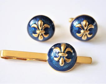 Vintage fleur de lis cufflinks and tie clip.  Blue enamel fleur de lys cufflinks and tie clip.  Vintage accessories