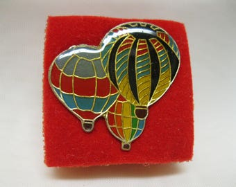 Vintage Hot Air Balloon Lapel Pin Multi Colored Jewelry Hat