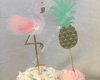 Flamingos and Pineapples Cupcake Toppers - Set of 12. Pineapple Toppers. Luau party Toppers. Flamingo Party, Pineapple Party