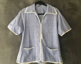 70s Chambray Embroidered Scalloped Pocket Tunic Cotton Top Bohemian Hippie Boho Size M/L