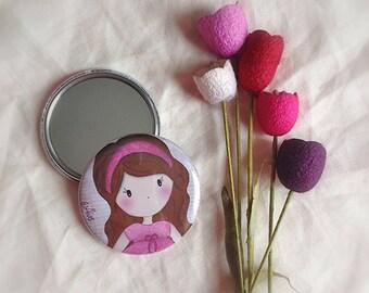"Round Pocket mirror for bag ""Poline school"""