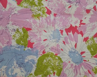 7 Pink Floral Napkins cotton daisies mid century vintage