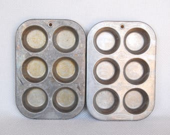 Set of 2 Vintage MUFFINAIRE Muffin Tins UAP Aluminum Muffin Pans or Cupcake Pans for One Dozen Total Muffins or Cupcakes