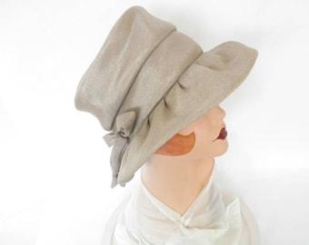 Vintage 1960s hat, gray silver bucket, excellent