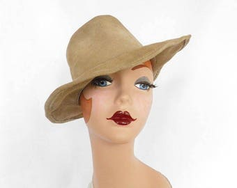 Walkabout woman's hat, leather, vintage gal's cowboy hat, Australia