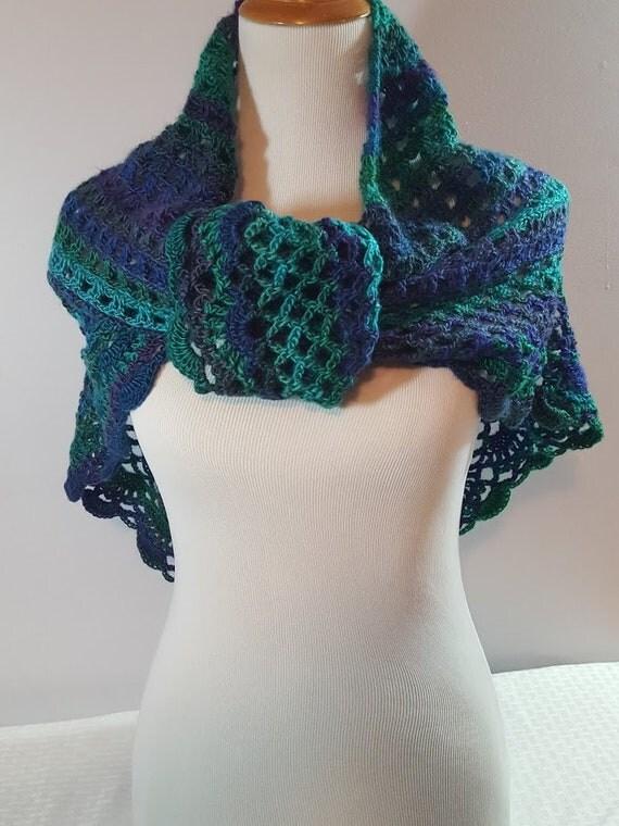 Crochet lace shawlette, Mothers Day caplet, bridesmaids shawl, beach cover up, country wedding shawl, dragonfly shawl wrap, boho chic shawl