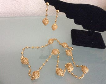 Vintage Necklace  dangle Earrings Set Gold Tone Beads