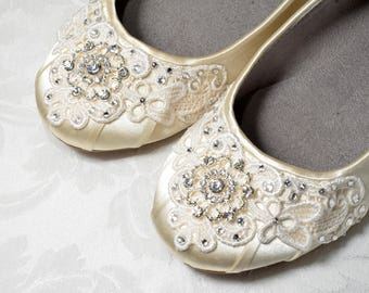 Womens Wedding Shoes Lace Wedding Ballet Flats Accessories Lace Bridal Shoes Vintage Lace Womens Embellished Bridal Flat Shoes Wedding Shoes