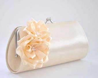 Vanilla Bridal clutch / Bridesmaid clutch