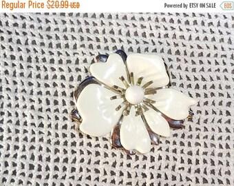 25% Off Sarah Coventry White Enamel  Flower Brooch