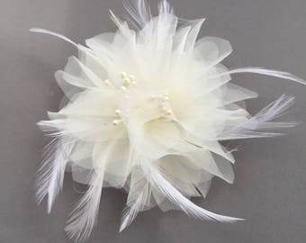 Ivory wedding hair clip, bridal flower headpiece with feathers, flower hair clip  - Noah