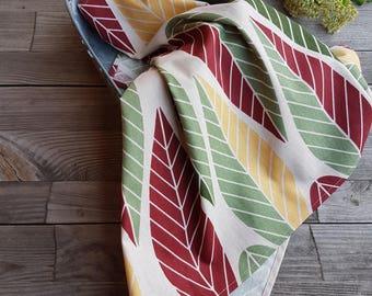 Tea towel. Autumn leaves tea towel, fall tea towel, tea towel, kitchen towel