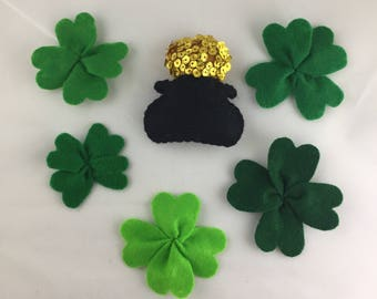 Felt Pot of Gold and 5 Four Leaf Clover Shamrock Magnets