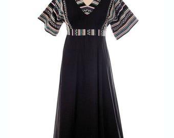 SAVE 20% VTG Arola Finland Maxi Dress 1970s Super COOL Ethnic  Patterned Border Print M-16-42