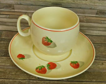 Cavitt Shaw Divison WS George Strawberry Shortcake Coffee Tea Cup & Saucer Plate 172A