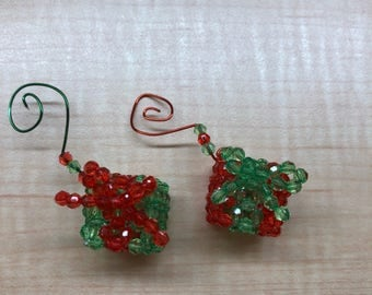 3D Beaded Christmas Present Ornament