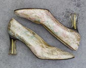 1990s Gold Glitter Vintage Shoes Size US 9 with Clear Acrylic Heels & Pastel Lace | Chunky Translucent Heel | J Renee