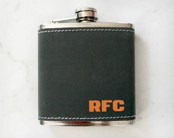 Custom Leatherette Flask, Groomsman Flask, Best Man Flask, Personalized Flask, Wedding Party Gift, Personalized Flask, Hip Flask, Engraved