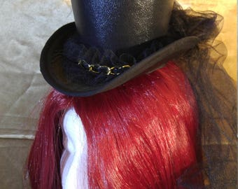 Dark lady Mini top Hat
