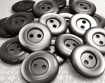"Pewter Glow: 3/4"" (19mm) Glossy Gray Buttons - Set of 21 New / Unused Matching Buttons"
