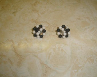 vintage clip on earrings black white lucite bead clusters