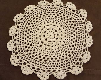 """Vintage Lace Doily, Round Off White Doily, 9.5"""" Crocheted Doily, Shabby Table Doily"""