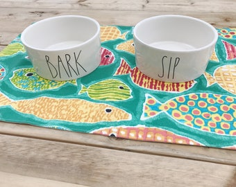 Pet Placemat - Green with Fish: Large Size