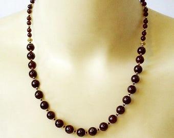 Collier Pierres de Grenat rouge, / Métal doré et Plaqué Or 14 kt Gold filled / Red Garnet gemstone, gold plated and gold filled necklace