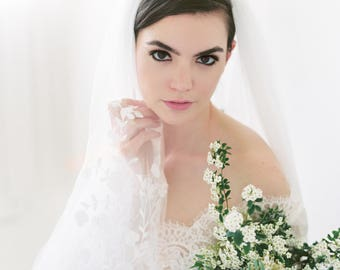 INES - Beaded Lace Veil