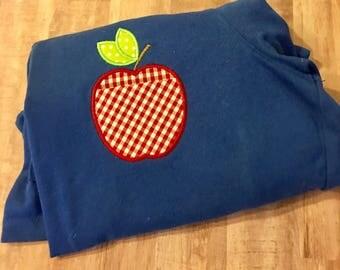 School/teacher apple pocket appliquéd t-shirt
