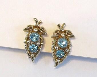 Vintage Coro Blue Rhinestone Screw Back Earrings