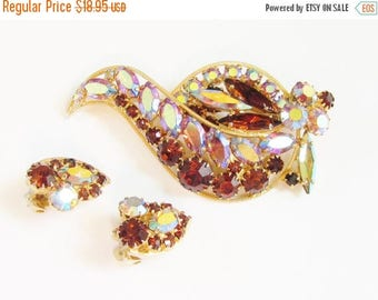 ON SALE Pink Amber Rhinestone Brooch Earrings signed Continental