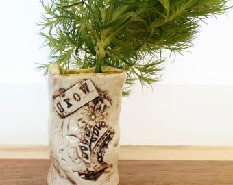 GROW ! | Handmade Ceramic Bud Vase | EXPRESSives