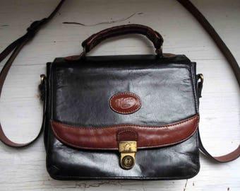 Vintage 80s 90s Black Tan Genuine Leather Messenger Bag