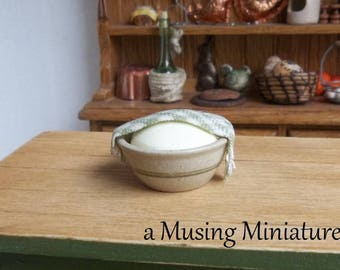 Display as You Wish Bread Dough Bowl Green in 1:12 Scale for Dollhouse Miniature Diorama