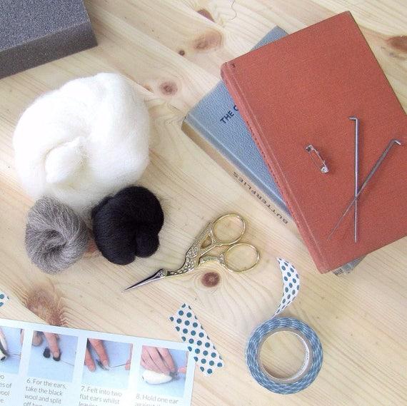 Badger Brooch Craft Kit Needle Felting Craft Kit Make