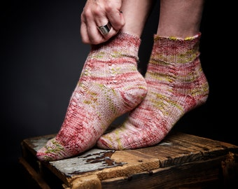 ENGLISH KNITTING PATTERN, Spring equinox, socks, cables, double sole, toe up