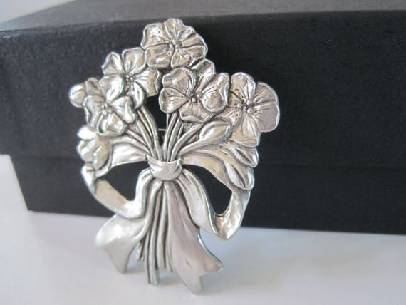Canada Pewter Brooch  - Celebrate Canada - Signed 1989 Seagull - Bouquet of Flowers