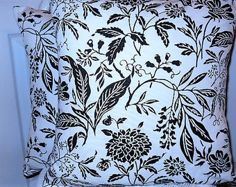 Pillow Cover, Modern Pillow Cover, Black/White Pillow Cover, Black/White Floral. Pillow Cushion Cover, Throw/Accent/Toss Cover, Sofa/Bed