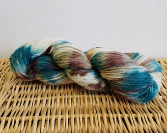"Worsted Wool Yarn, Handpaint Wool Yarn, Sockupation ""Oceanside"""