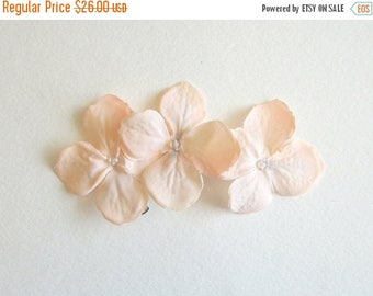 SUMMER SALE Light Peach Pink Flower Hair Clips Light Peach Natural Flower Hair Clips Rustic Wedding Accessories Bridal Party Wedding Set Of
