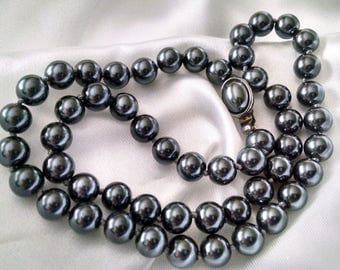 Necklace Vintage Pearls Gray Talbots Signed Hand Knotted Silver Plated Elegant Classic Day to Evening
