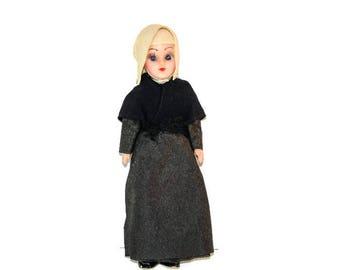 Vintage Pilgrim Doll - 1950's Pilgrim Doll, Eyes open and close, Mid Century Pilgrim Doll,