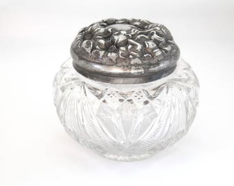 ANTIQUE Sterling Silver Repousse Facial and Floral Vanity Jar, Gifts for Her, Victorian Decor, Collectible, Art Nouveau Inspired