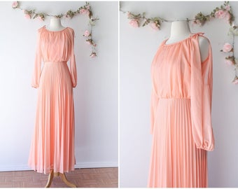Vintage Peach Maxi Gown - Romantic 1970's Long Sleeved Maxi Dress with Pleated Skirt - Flowy Floor Length Dress - Size Small