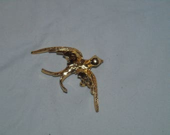 Vintage gold tone swallow pin 2 1/4 by 1 inch Let your heart soar