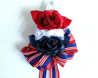 Holiday corsage, Patriotic floral corsage, Women's Corsage, Red white & blue rose corsage, Wrist corsage, Wearable corsage, 4th of July
