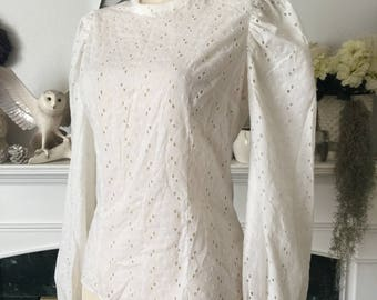 50s White Cotton Eyelet Summer Blouse
