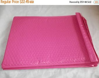 On Sale 30 Hot Pink 10.5 x 15.5 Bubble Mailers, Size-5 Padded Self Adhesive Padded Mailer Envelopes Wholesale