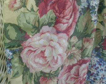 Vintage Bed Skirt or Bed Petticoat, Gorgeous Multi-Color Floral Print, Shabby Cottage, Cottage Chic, Queen Bed Size